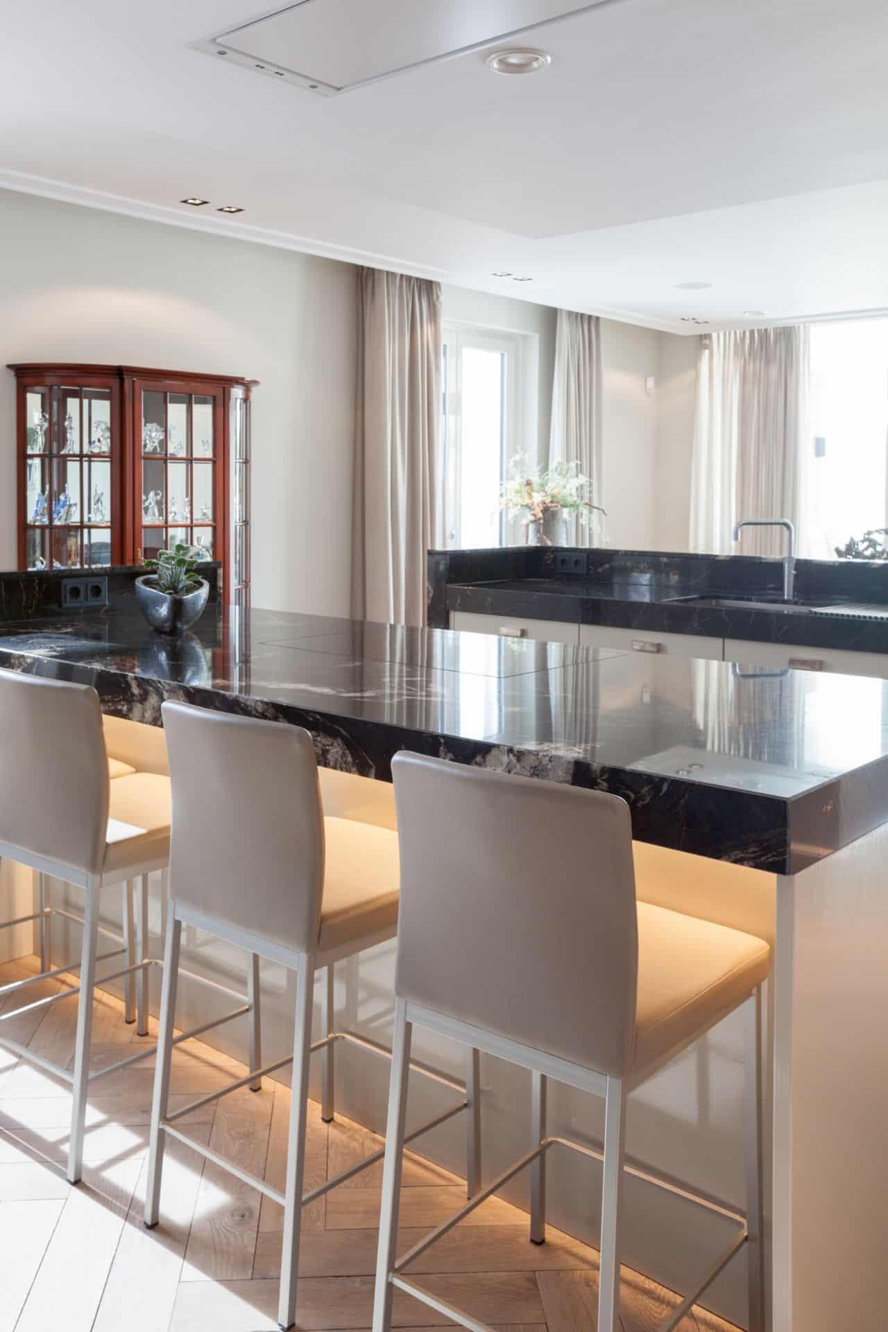 Marmeren keuken 54