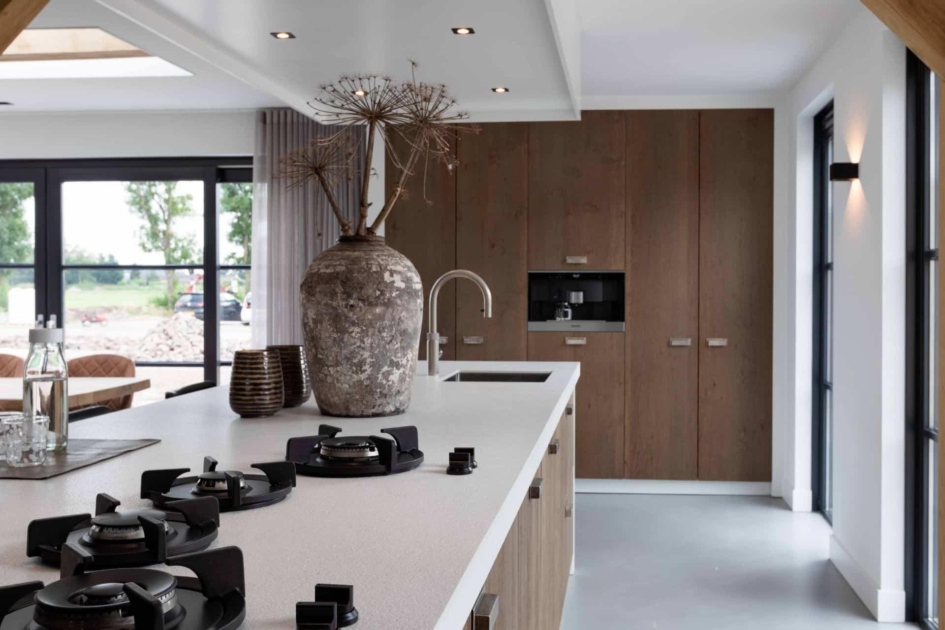 Moderne keuken met PITT Cooking kookplaat | Bunschoten