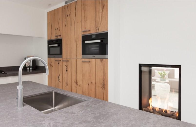 Moderne witte greeploze keuken 055