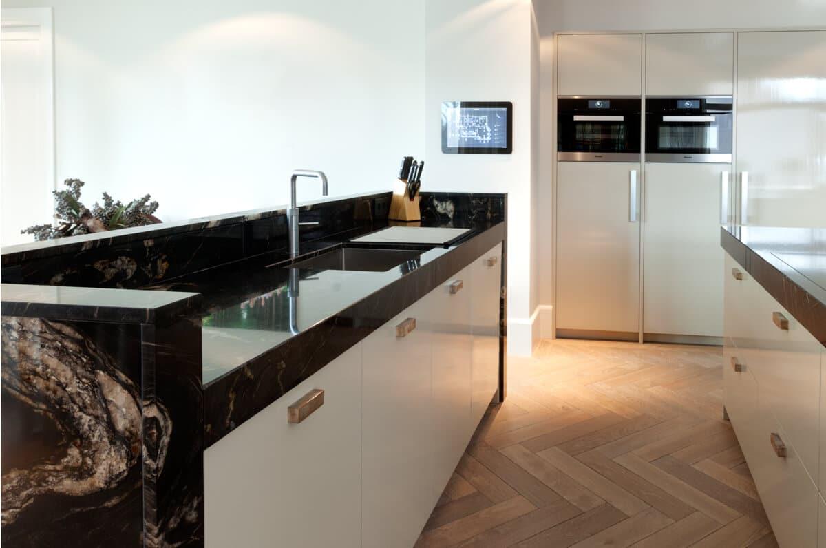 Marmeren witte keuken 12