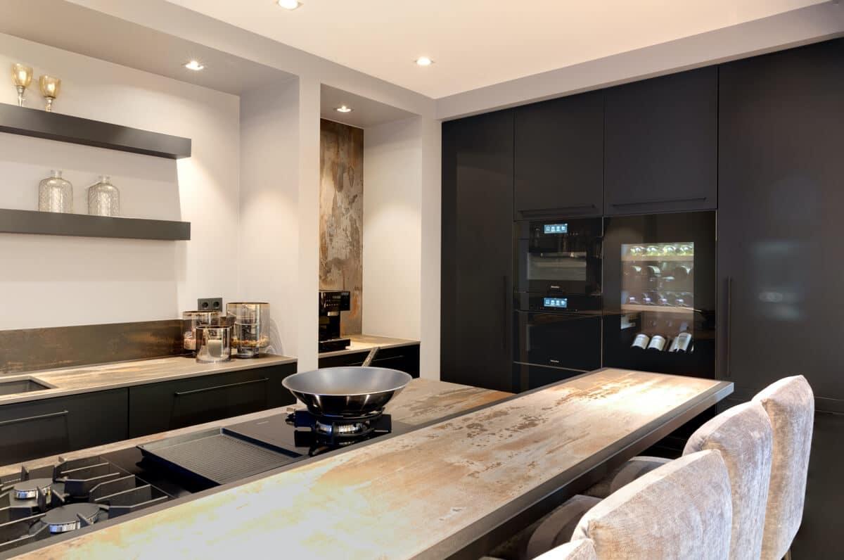 Greeploze zwart fenix keuken 001