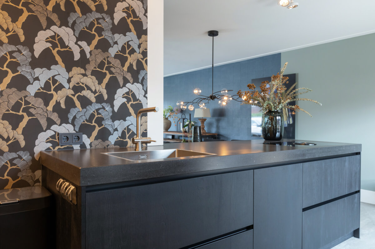 Kunststof zwart eiken keuken