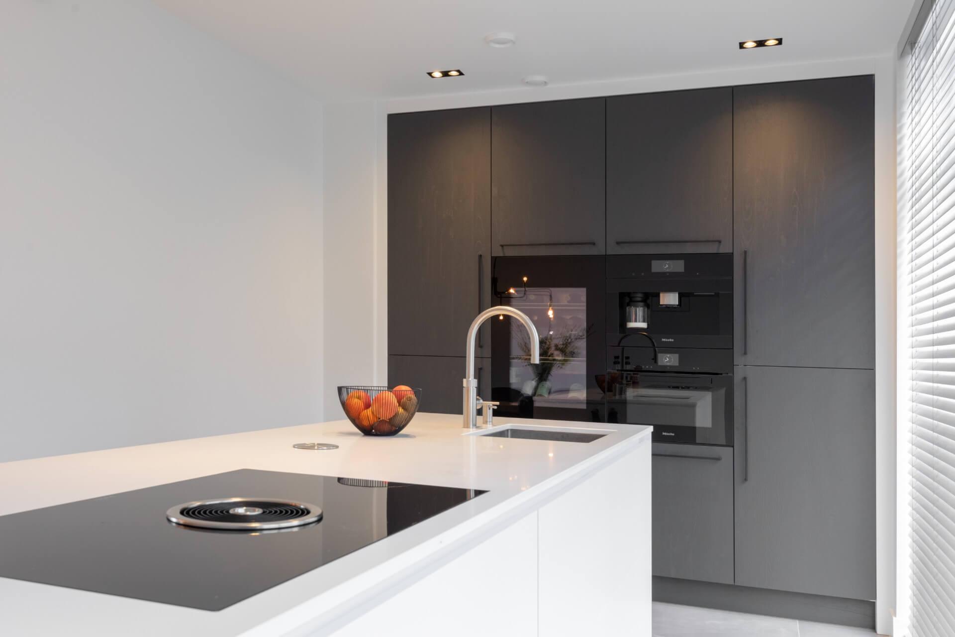 Moderne witte hoogglans keuken 002