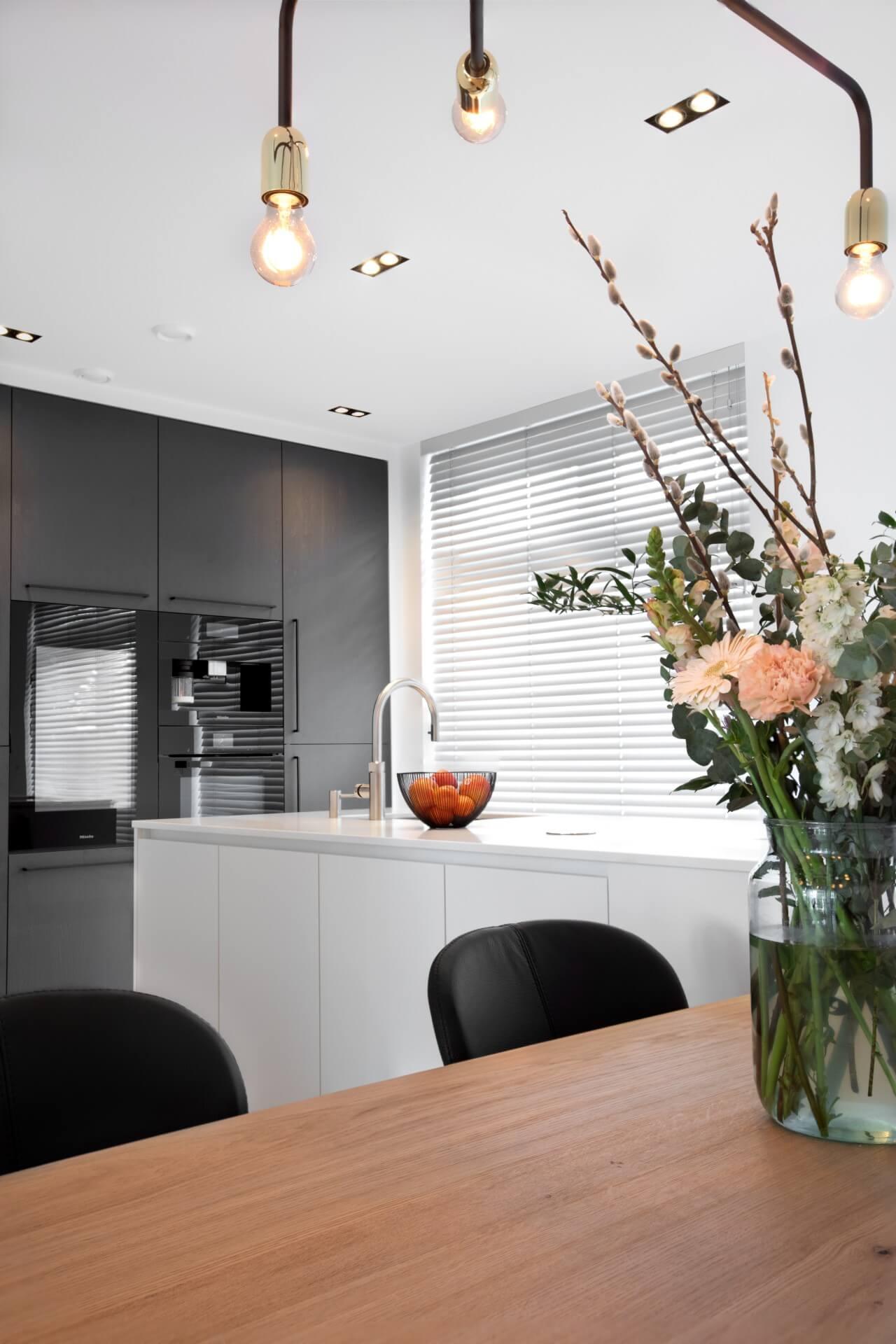 Moderne witte hoogglans keuken 005