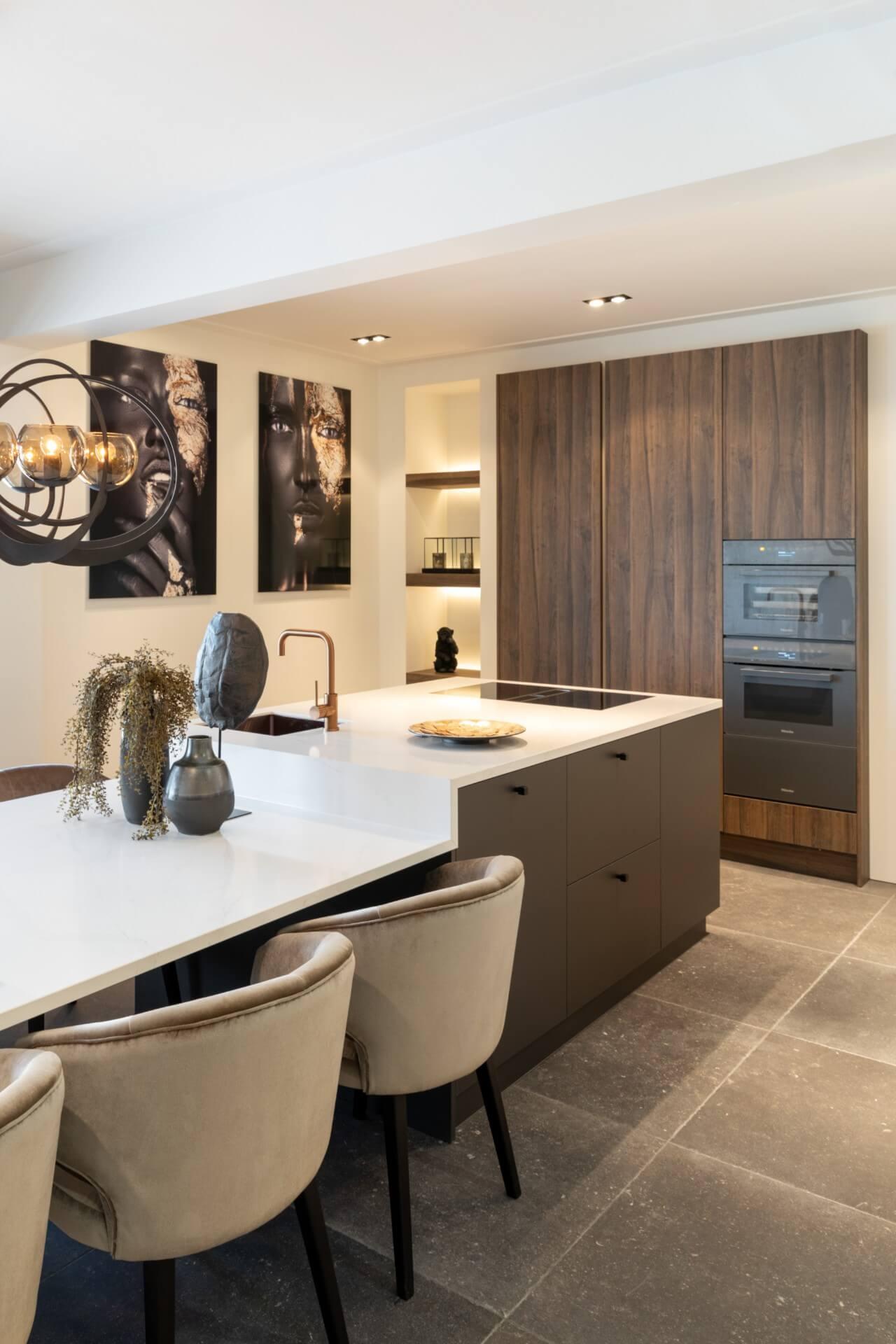 Moderne keuken met miele apparatuur 2