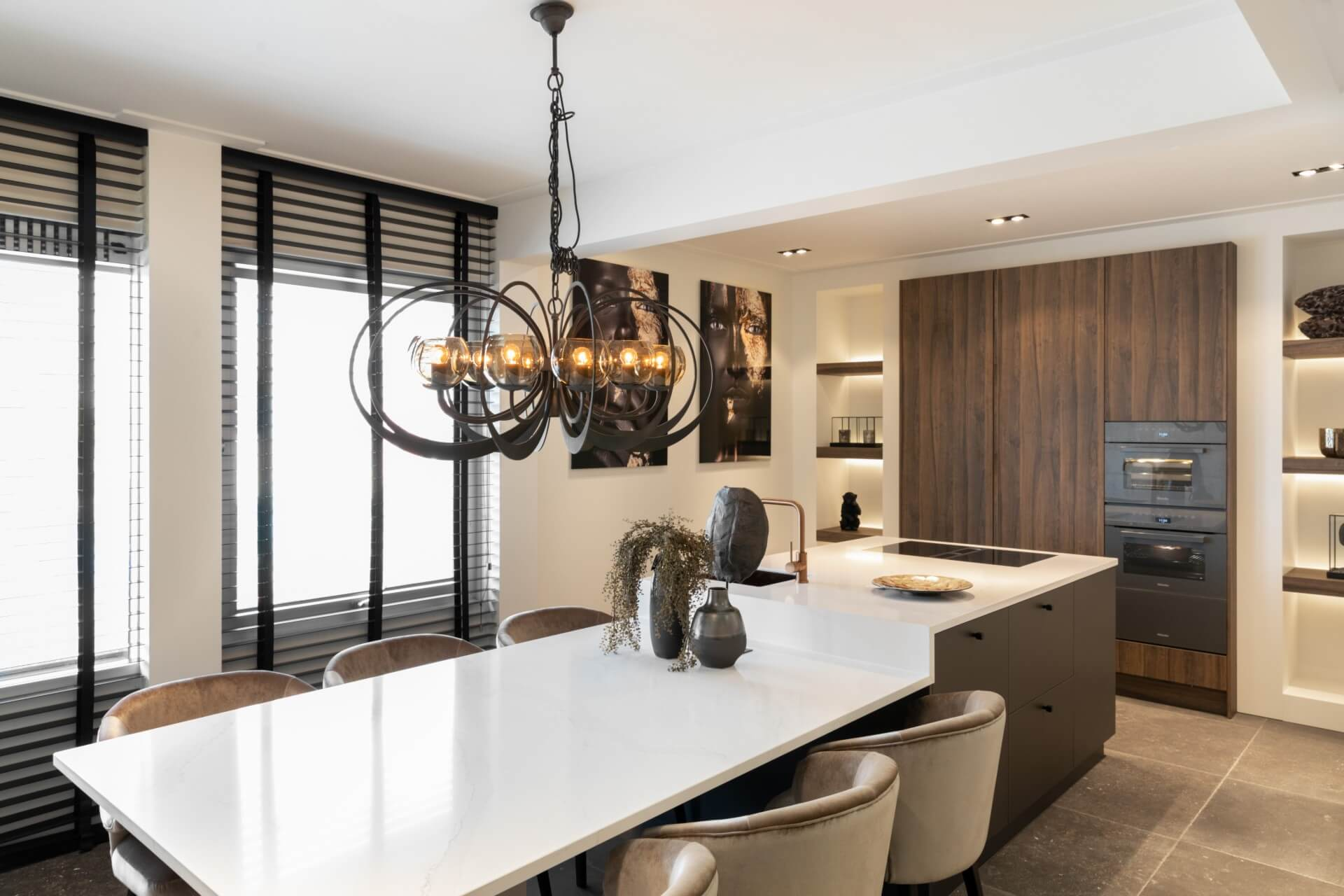 Moderne keuken met Bora kookplaat en Miele apparatuur | Barneveld