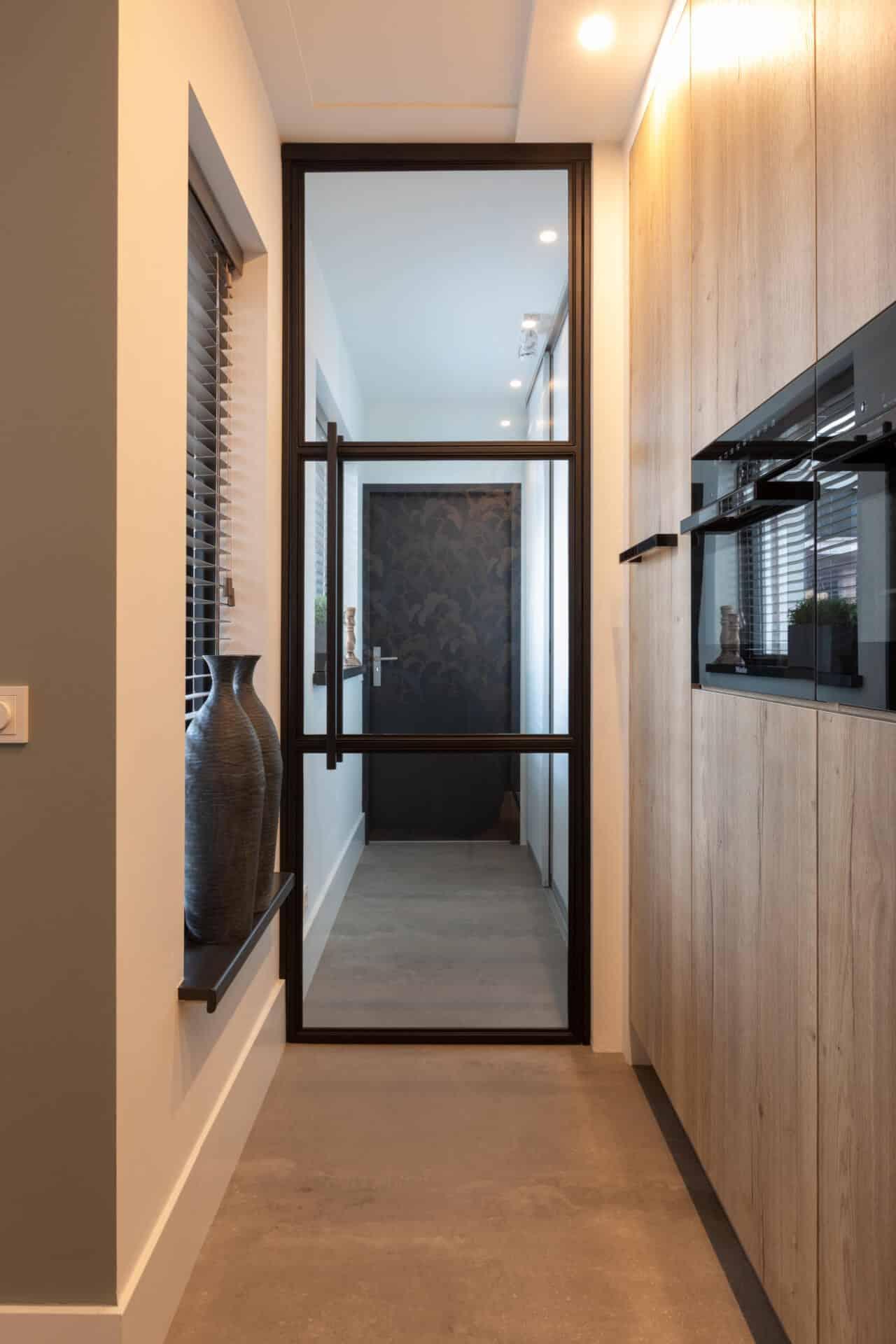Moderne kunststof keuken eiken keukenkast