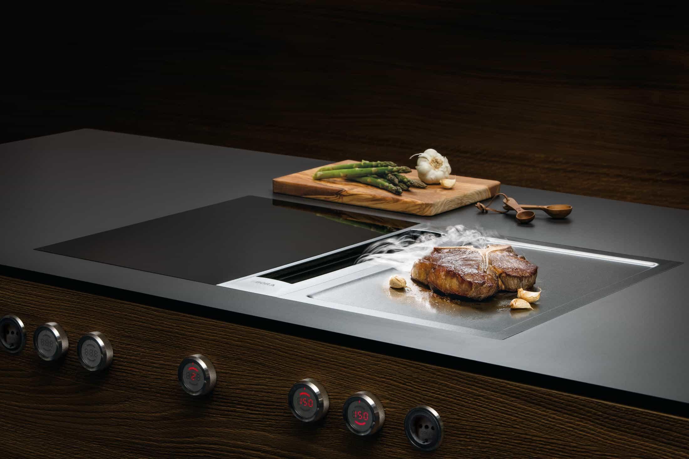 Een kookplaat met afzuiging