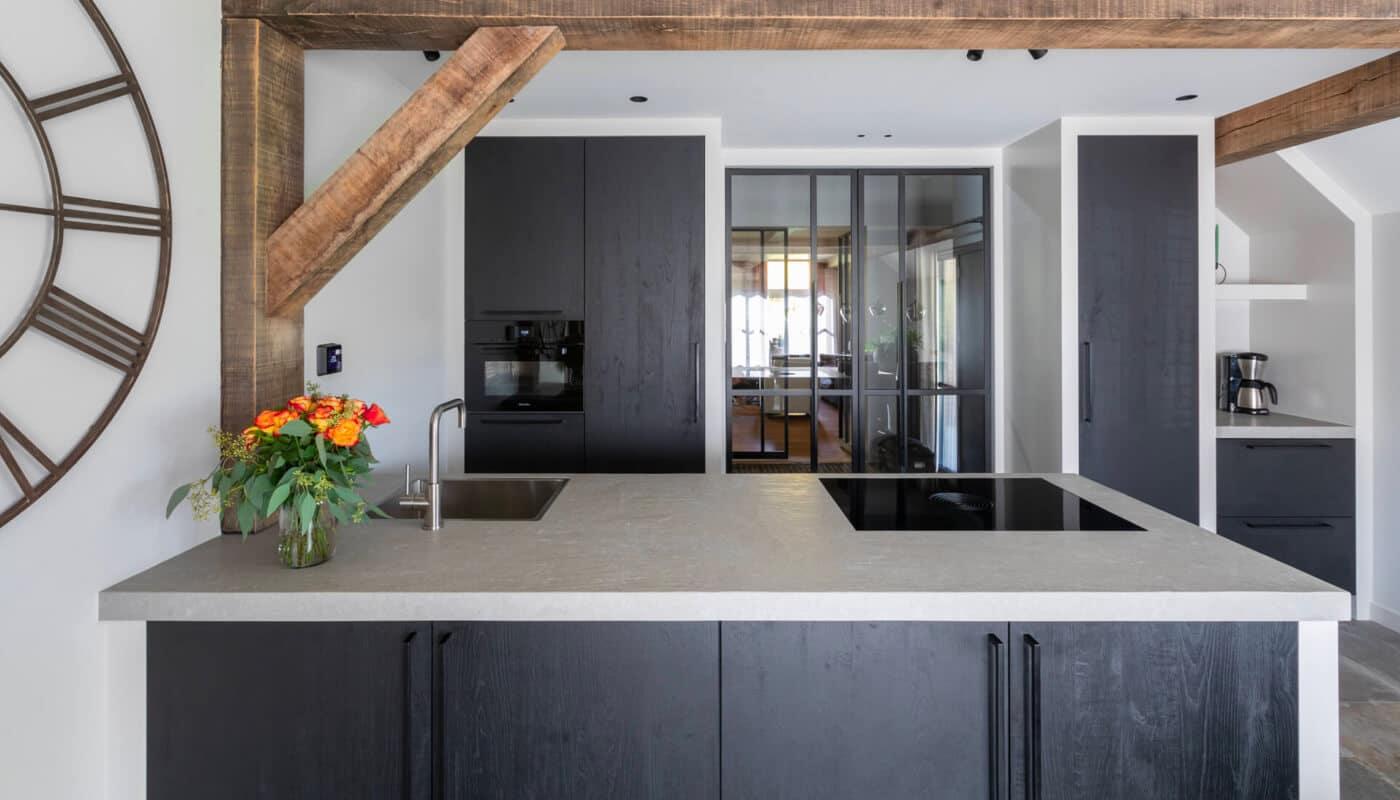 Keukentrend 2021 De Kleurenmix En Zwart